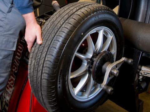 autobandencheck kosten banden uitbalance