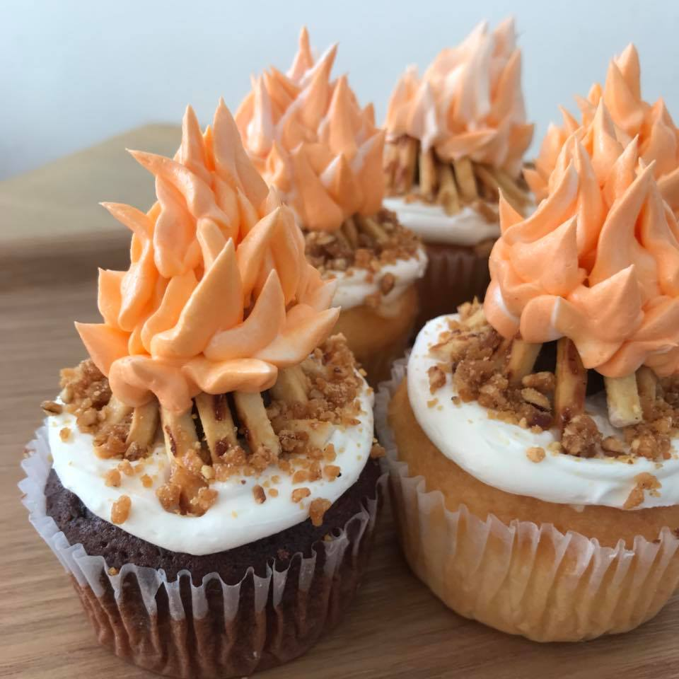 たき火カップケーキ
