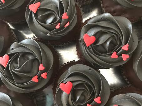 ブラックローズカップケーキ