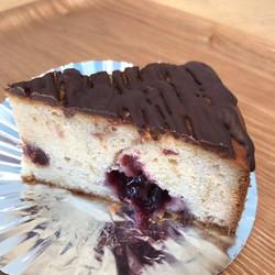 チェリー&チョコレートバターケーキ