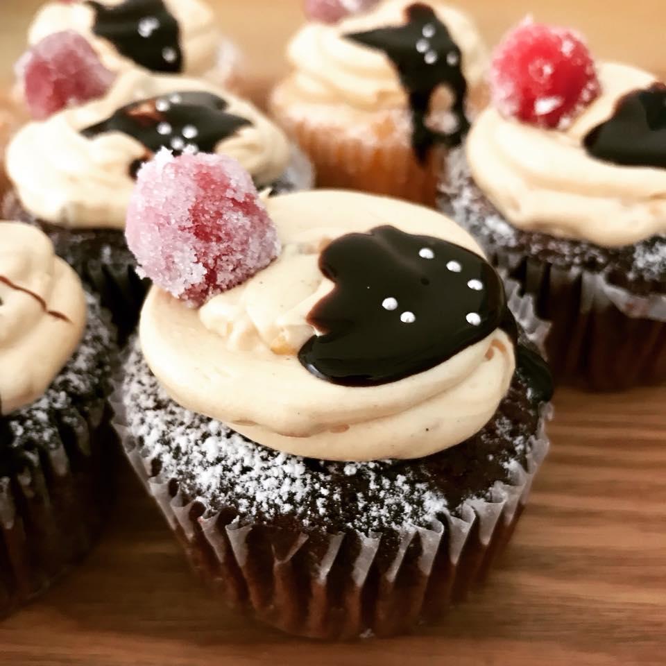 クランベリー&ピーナッツクリームカップケーキ
