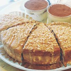 キャラメルナッツバターケーキ