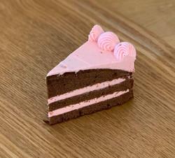 ストロベリーレイヤーケーキ