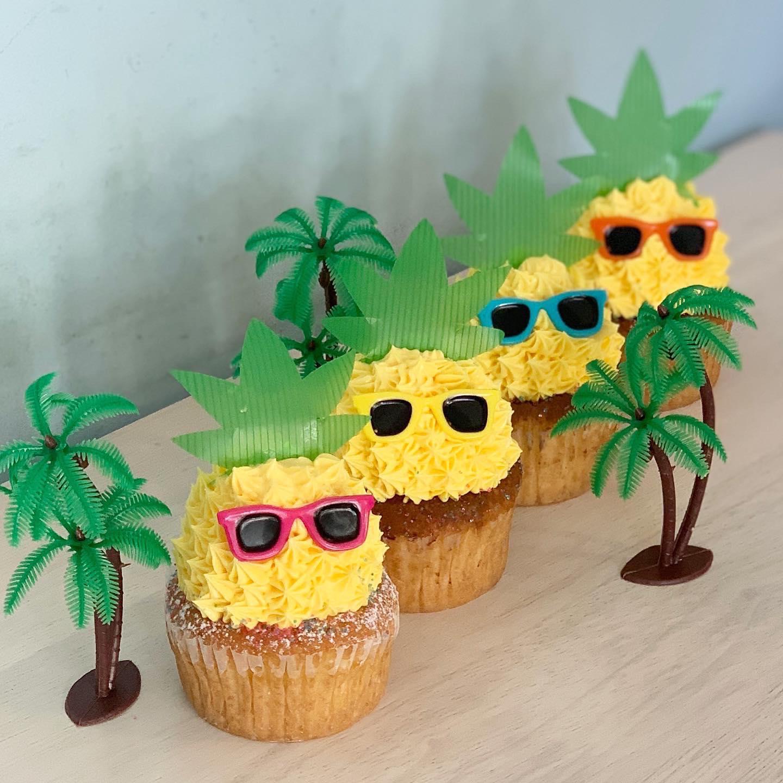 パイナップルカップケーキ