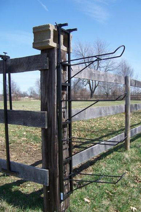 4 place saddle rack with height