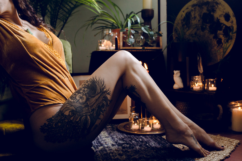 moody boho editorial styled portrait and boudior