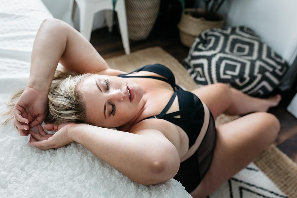 black strappy boudoir vancouver wa