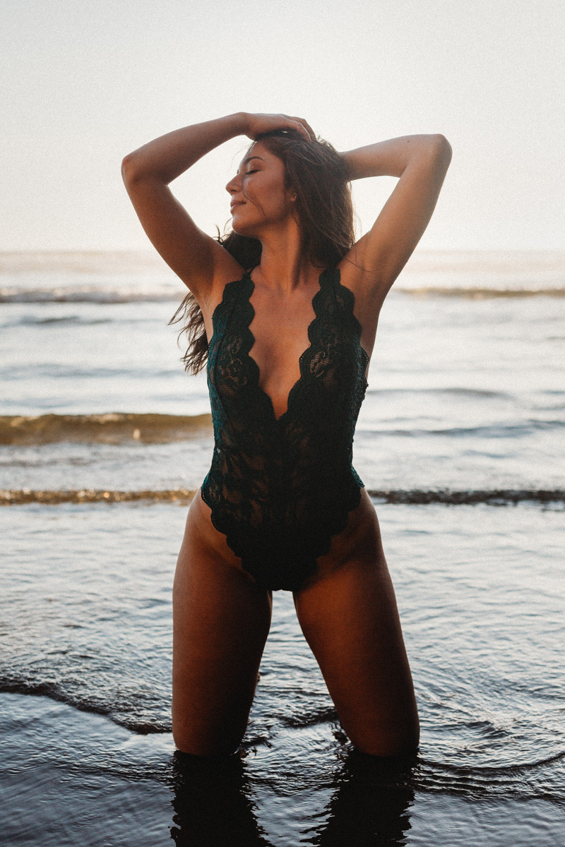 green bodysuit boudoir water outdoor oregon coast