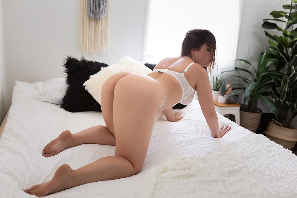 booty shot bright boho boudoir vancouver wa