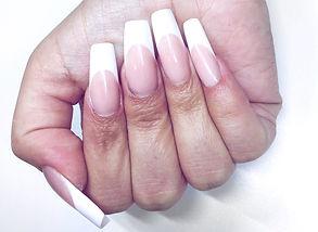 Negler, negleforlengelse french manicure