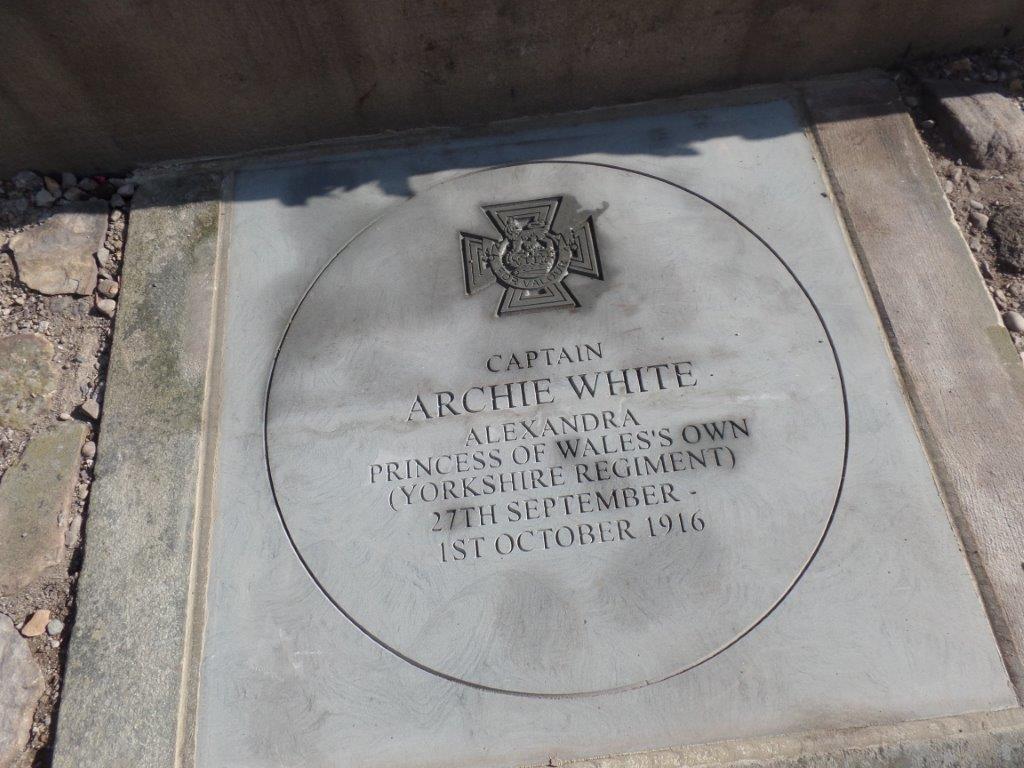 Commemoration To Honour Captain Archie White VC.Boroughbridge 093