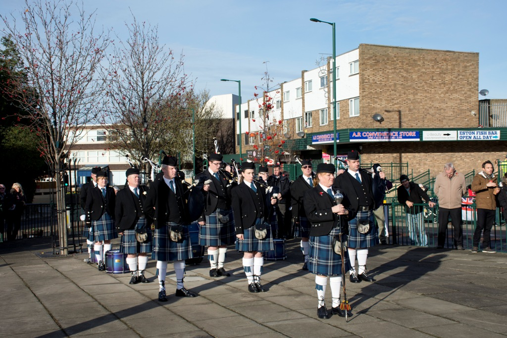 THE PIPE BAND 14