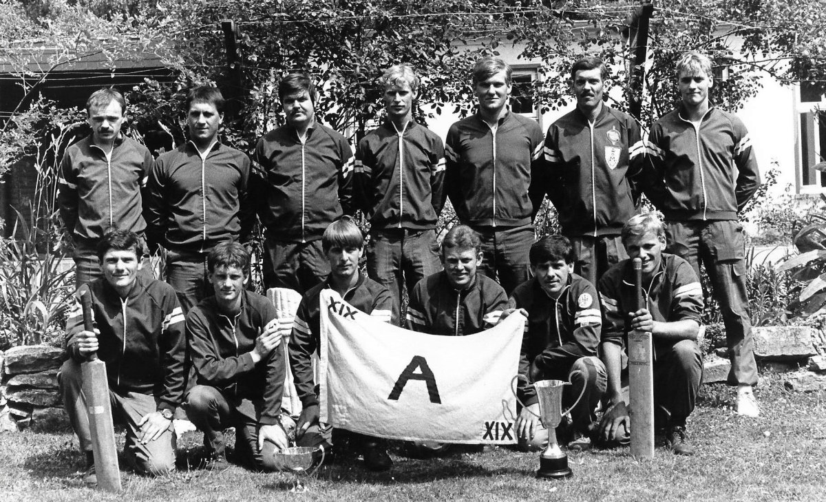 19 - A Coy cricket Osnabruck 1983
