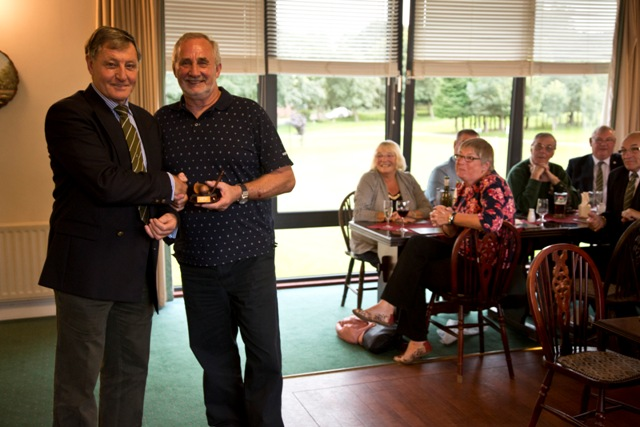 Dave McMillan, winner, nearest the pin hole 8_