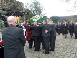 Kenny McGraths Funeral.Guisbrough Priory Wed 1st Nov 2017 083