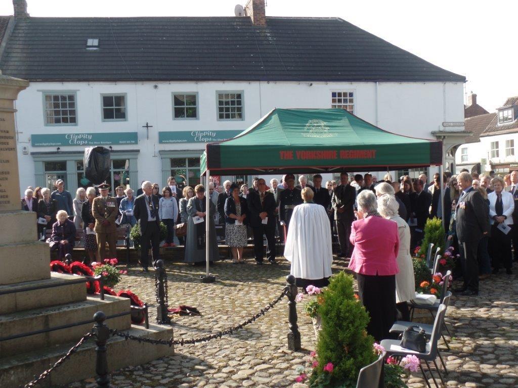 Commemoration To Honour Captain Archie White VC.Boroughbridge 092