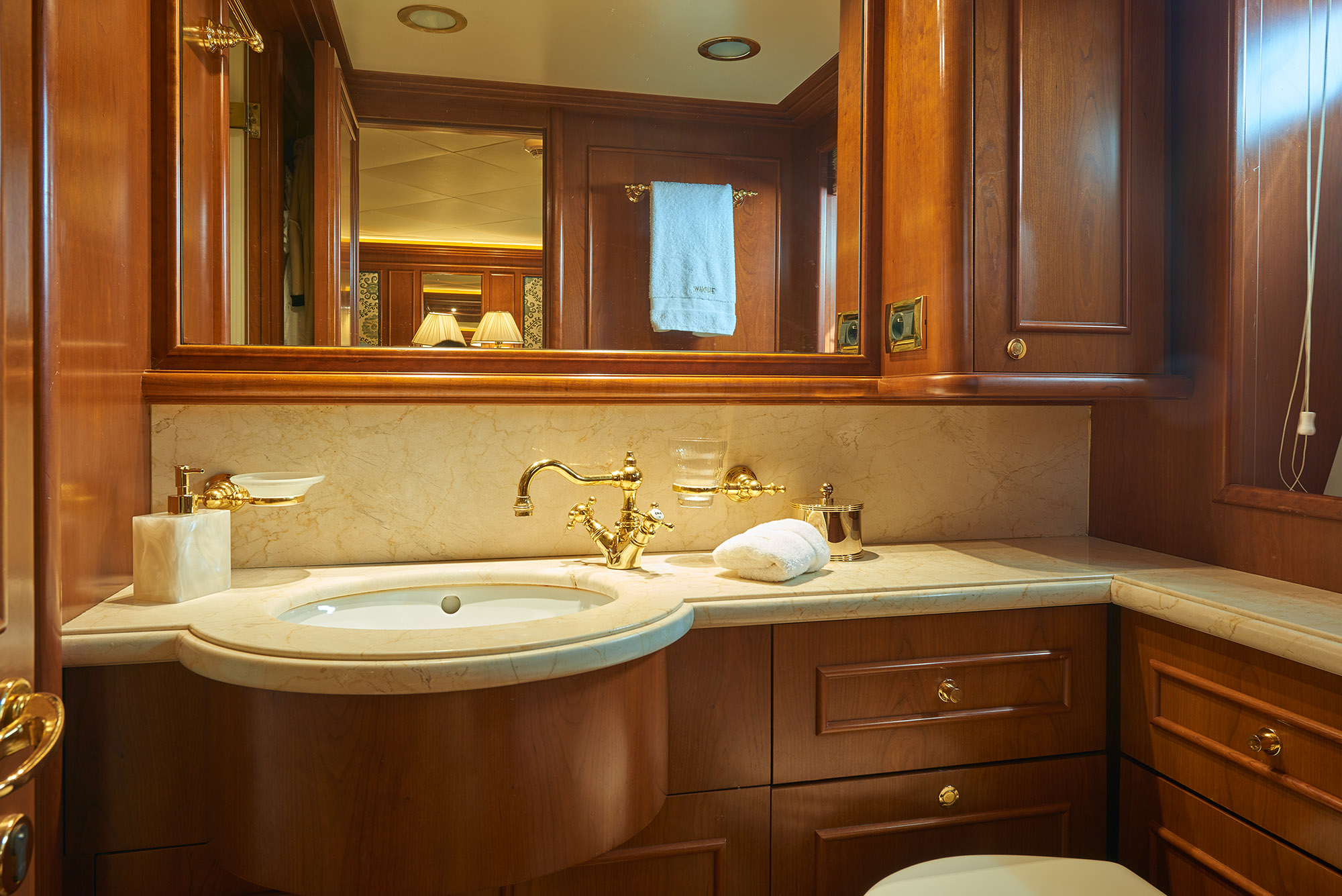 The Starboard Stateroom Bathroom