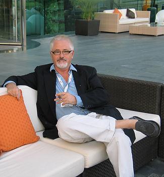 AB PORTRAIT IN DUBAI.jpg
