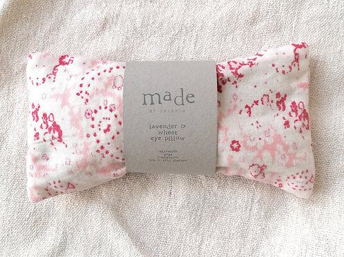 Lavender & wheat pillow - paisley