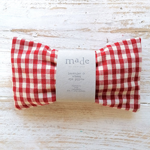 Lavender & wheat pillow - red check