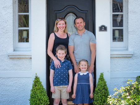 Doorstep portrait sessions for Porthcawl residents