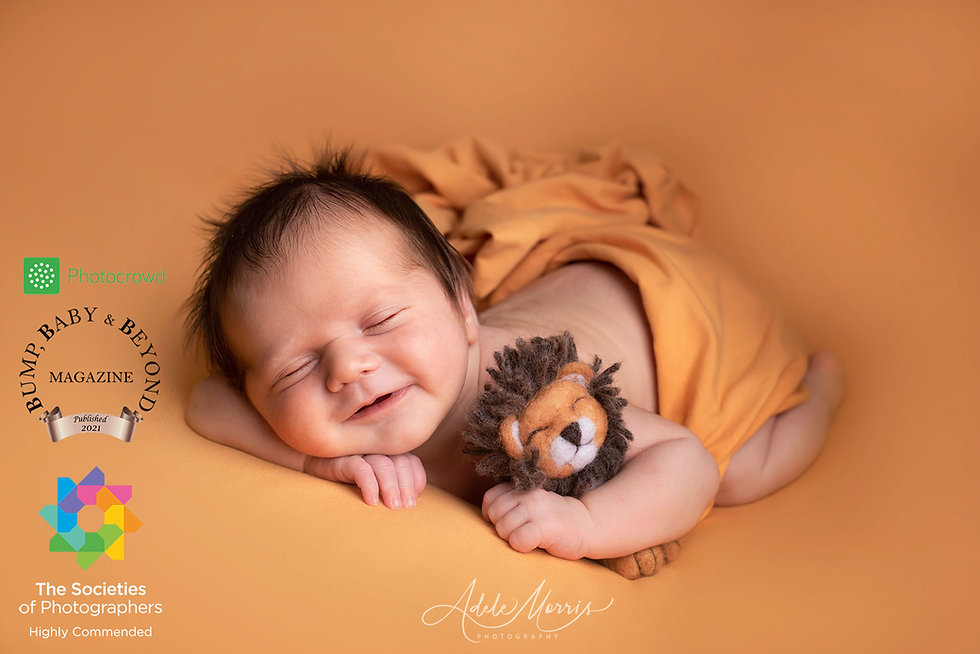 newborn-photographer-bridgend.jpg