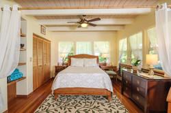 hale kokio bedroom