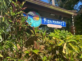 KilaueaFishMarketSign.jpg