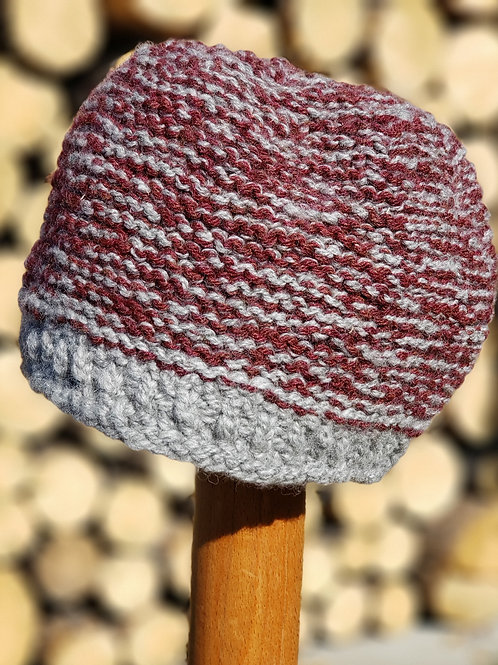 Masculine Beanie Knitted Hat in Grey/Burgandy