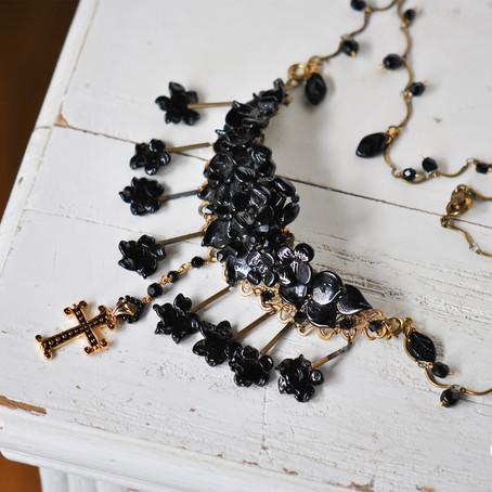 お母様の形見のネックレスをリメイク。ご息女様へと受け継がれる愛の形。