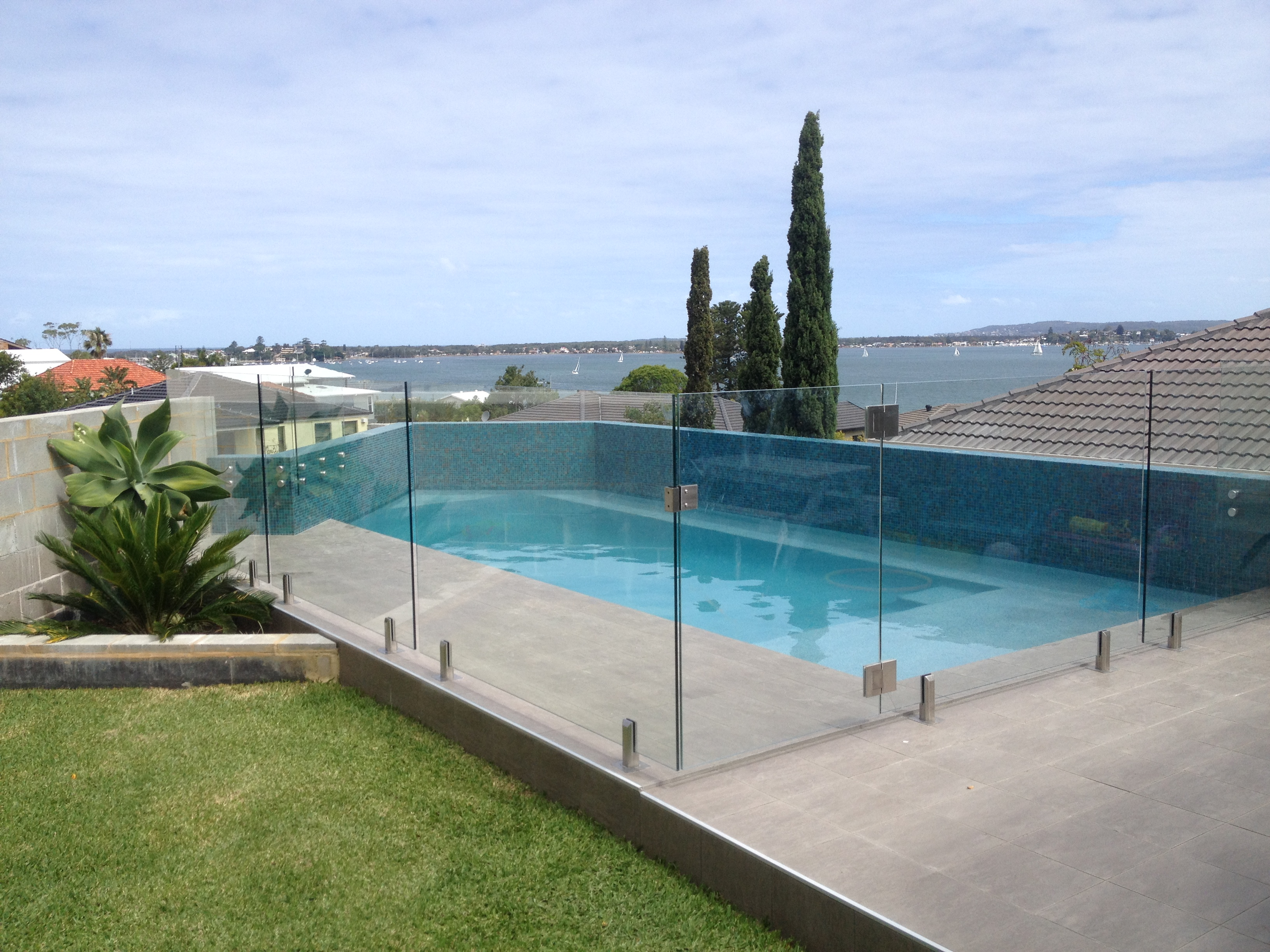 Does Your Get Glass Pool Fence Near Me Pass The Test 7 Things You Can Improve On Today Hectorbwgx540 Over Blog Com