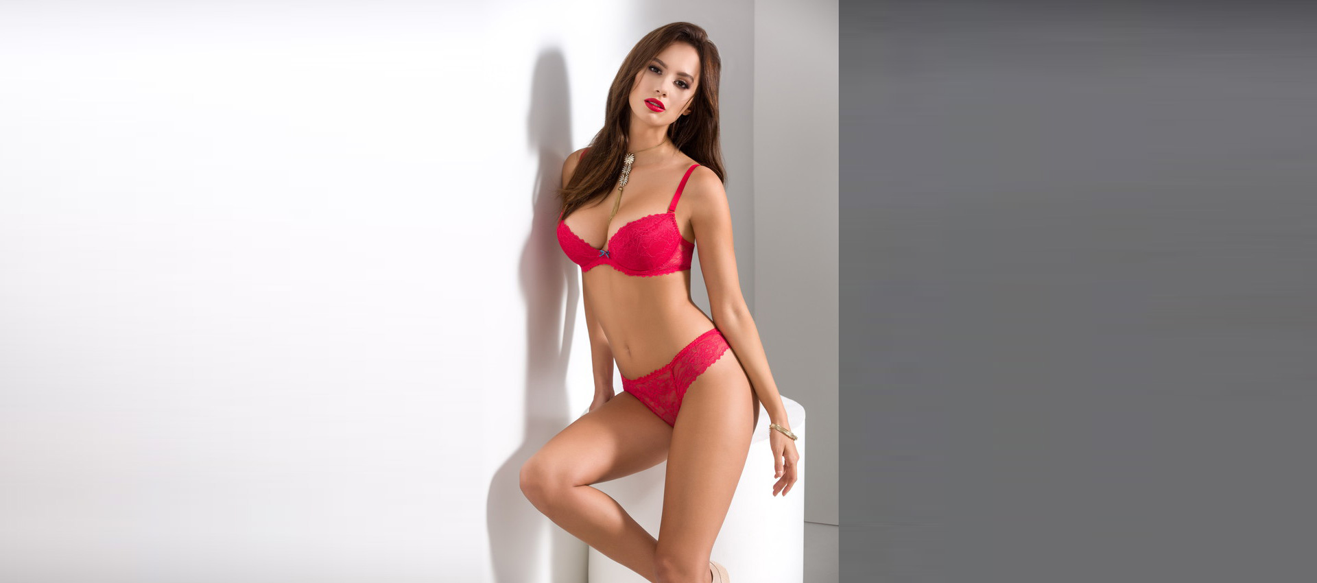 tamarillo-push-up-bra+thong