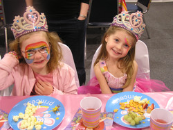 GIRLS & BOYS THEMED PARTIES