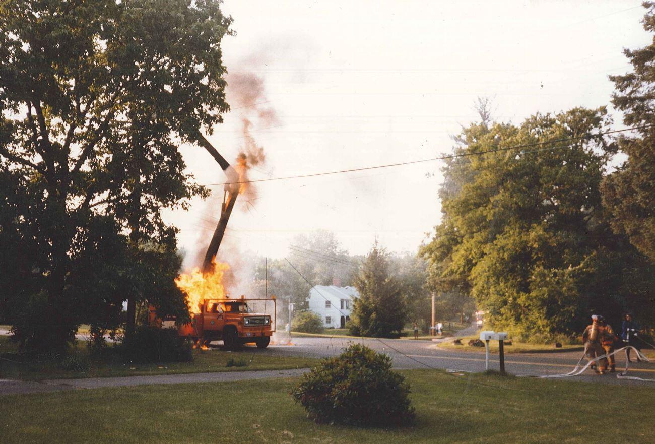 Fire - Bucket Truck.JPG