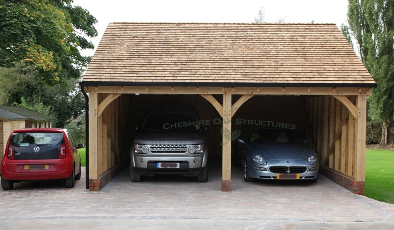 2_Bay_Oak_Garage_and_Maserati_Macclesfie