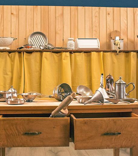 Küchenutensilien in der Sandchuchi