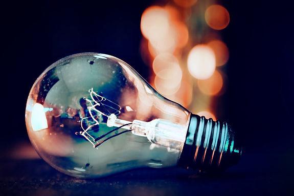Light_bulb_Light_on_Trad%26Corp_edited.j