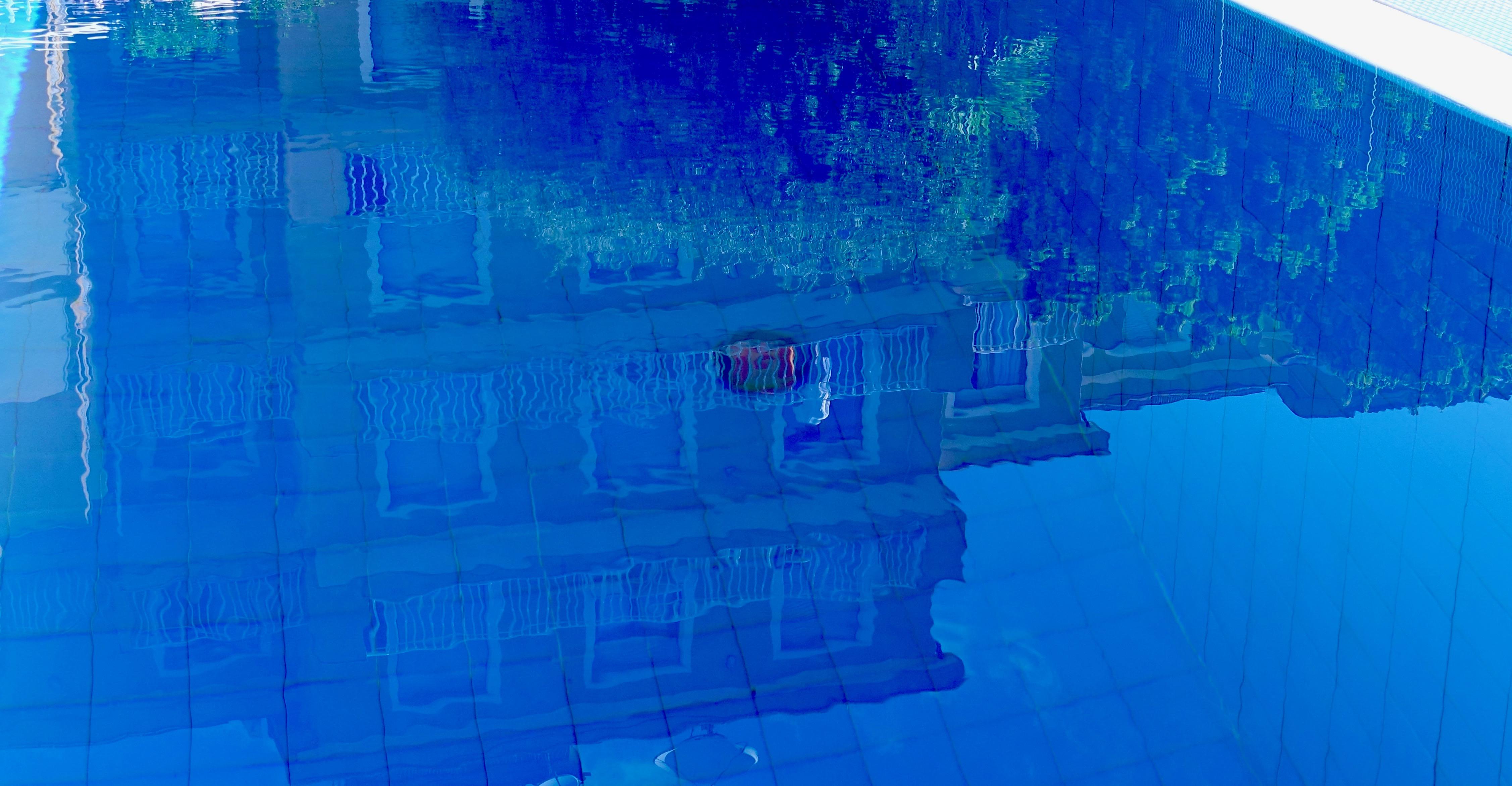 residence con piscina a pietra ligur