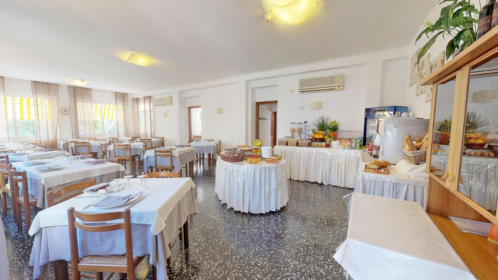 Hotel-Arcobaleno-Celle-06172019_103633