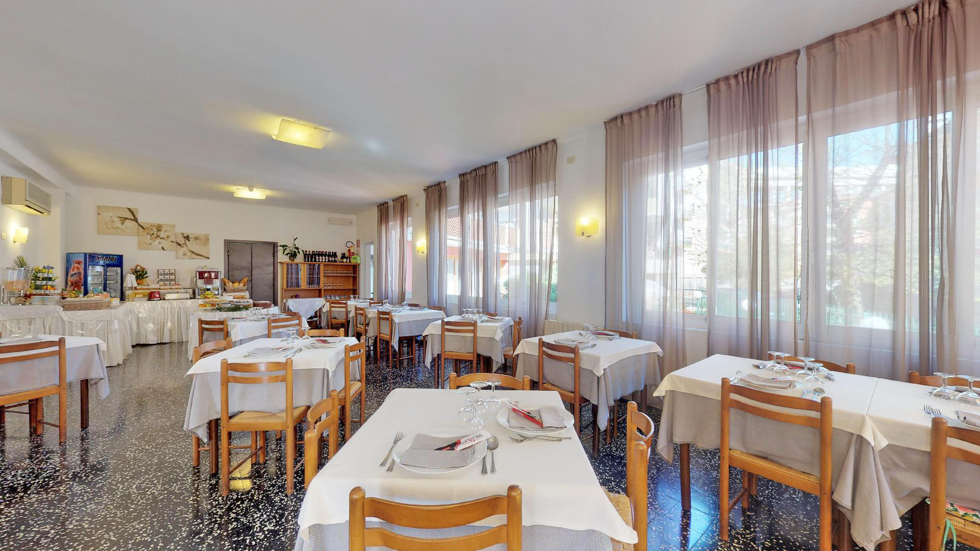 Hotel-Arcobaleno-Celle-06172019_103735