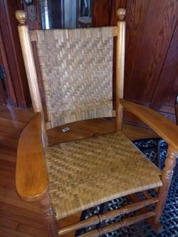 Seat and back in tight herringbone