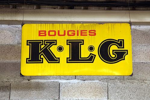 39- Plaque émaillée Bougies K.L.G (2)