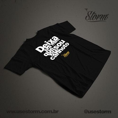 Camiseta Storm Deixa pra mim que eu sou canhoto