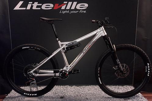 301 MK15 Trail Shimano XT