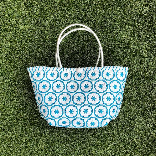 Flower Woven Bag (White/Blue)