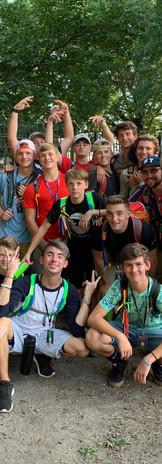 Группа ребят из миссионерской поездки Нью-Йорка 2019