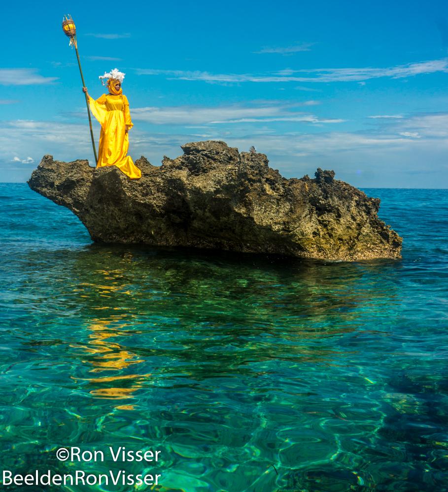 ron visser fotografie- vrouw als baken (2)