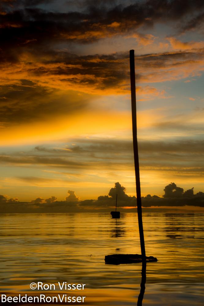 ron visser fotografie- baken in zee