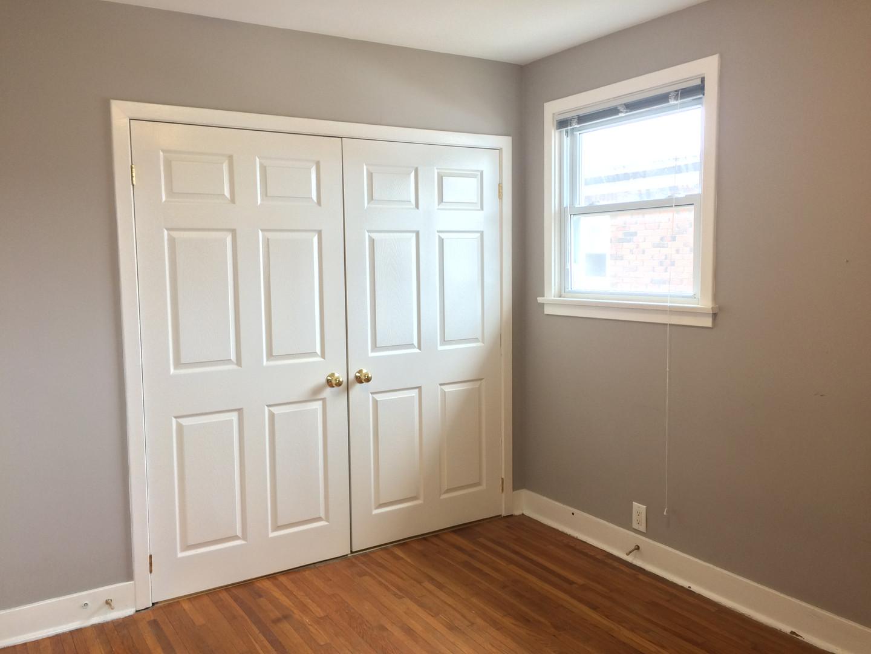 8-Master Bedroom.JPG