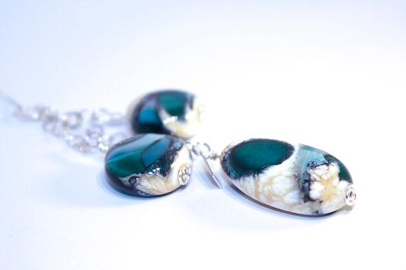 South China Seas Pendant (3 beads)